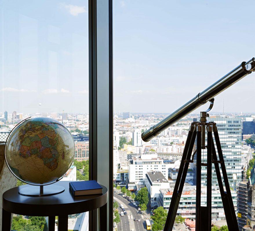 Ausblick aus der Library Lounge im Waldorf Astoria Berlin